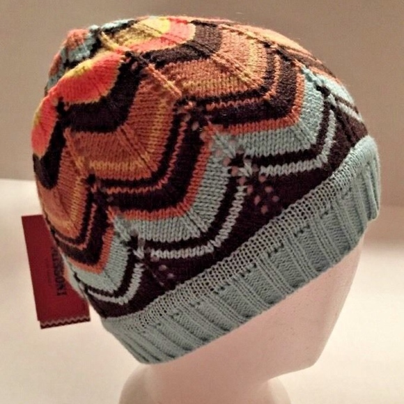 c9d02943d83 MISSONI Winter Beanie Hat NWT Chevron Mod Skiing